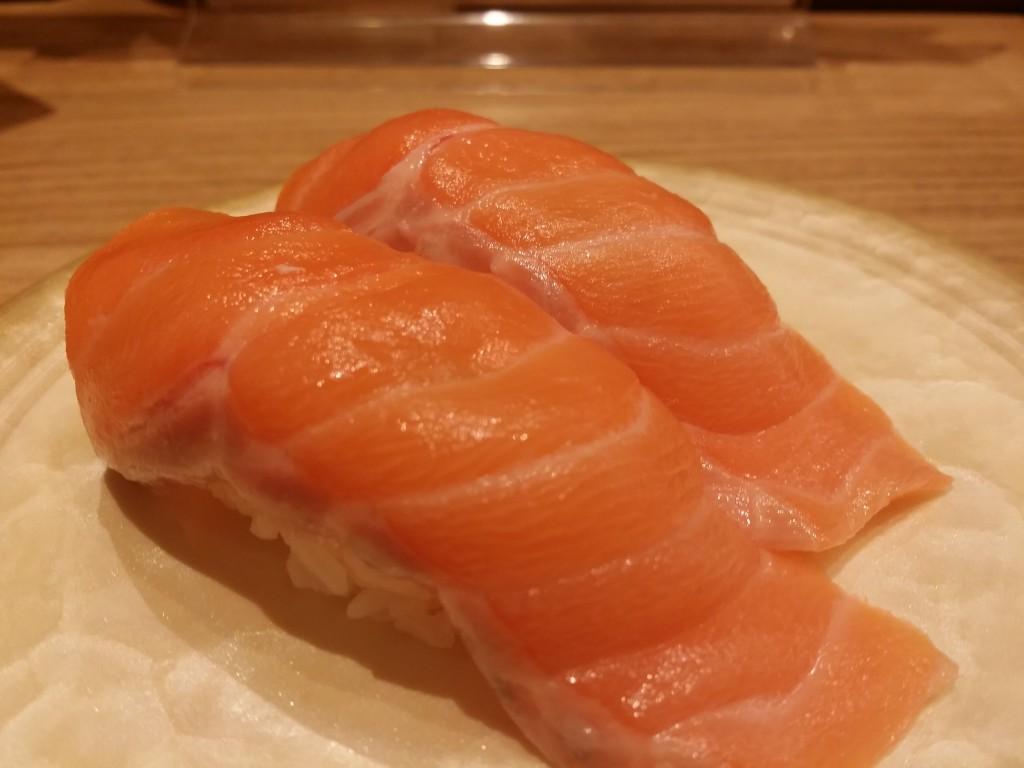 一人回転寿司