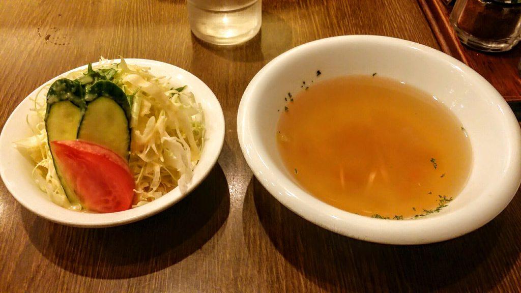 グリル北斗星サラダとスープ