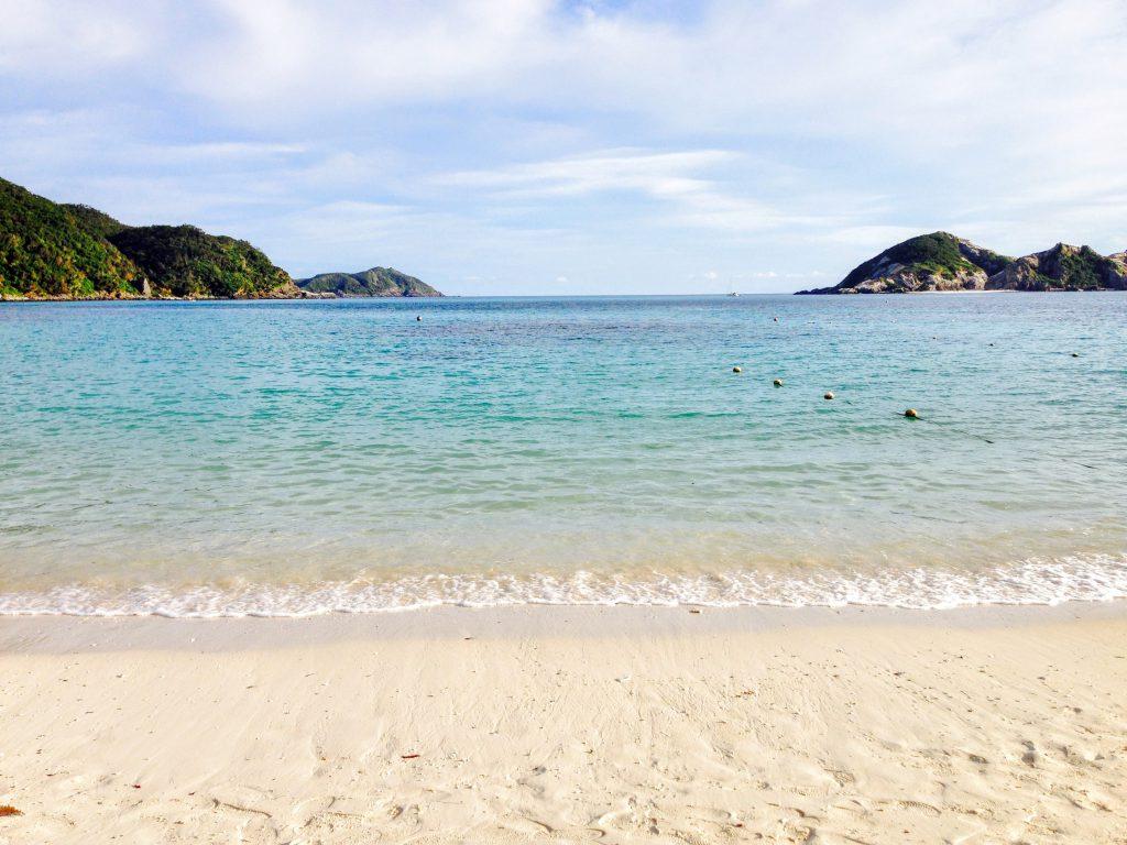 阿波連ビーチ白い砂浜