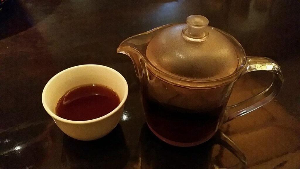 梅田の中華ランチ「民生」お茶